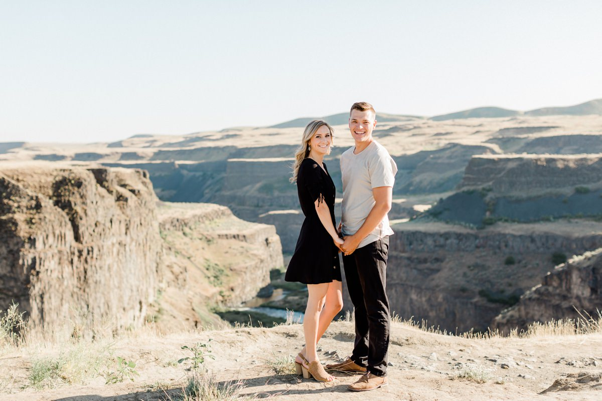 Palouse Falls Engagement Session couples photos