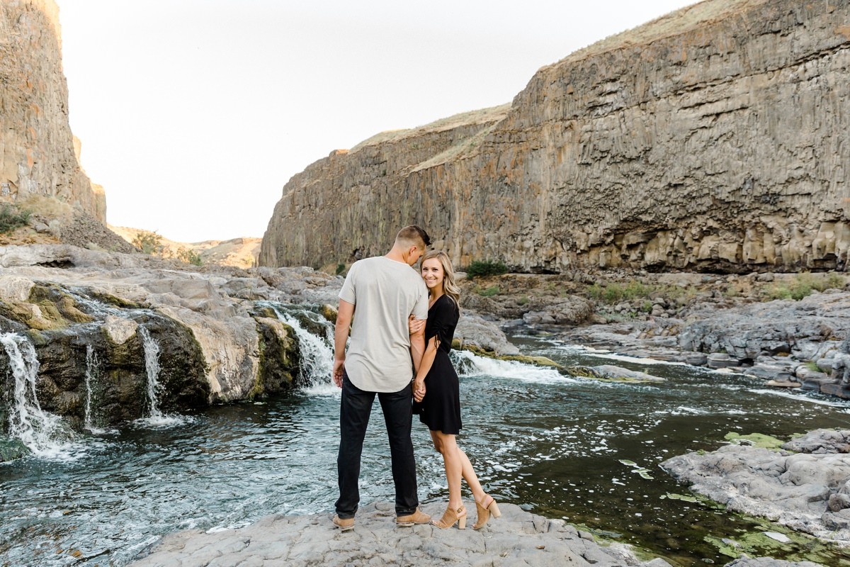 Palouse Falls Engagement photos