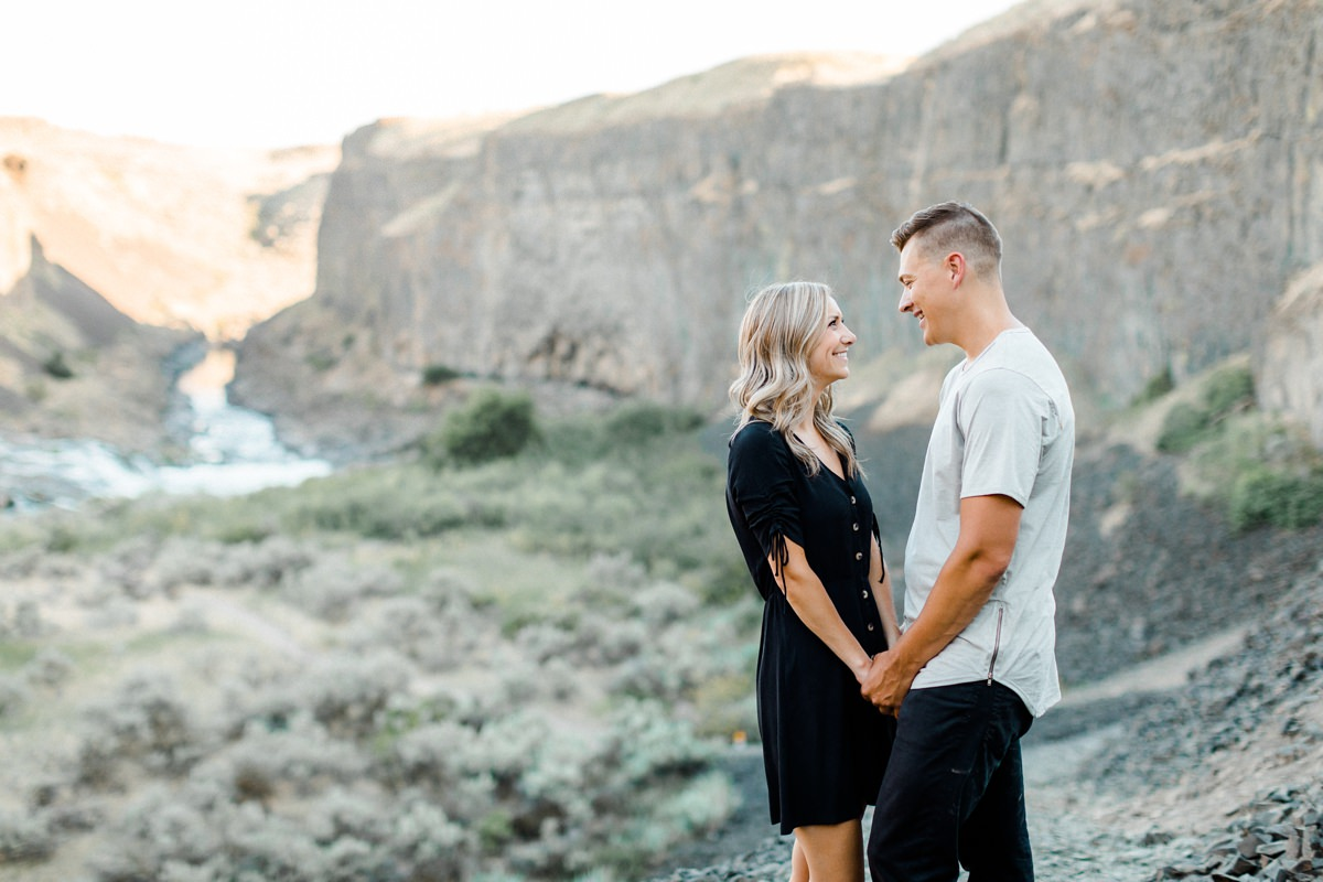 Palouse Falls engagement session